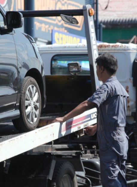 roadside-assistance-02